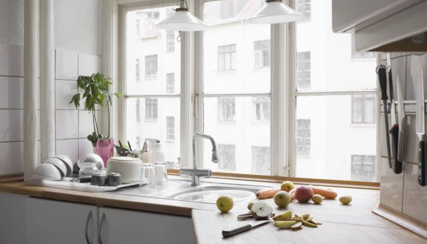 top 5 kitchen tools that every cook needs.